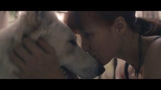 La ballerina Sylvie Guillem mostra come aprire le 'sbarre' per gli Animali